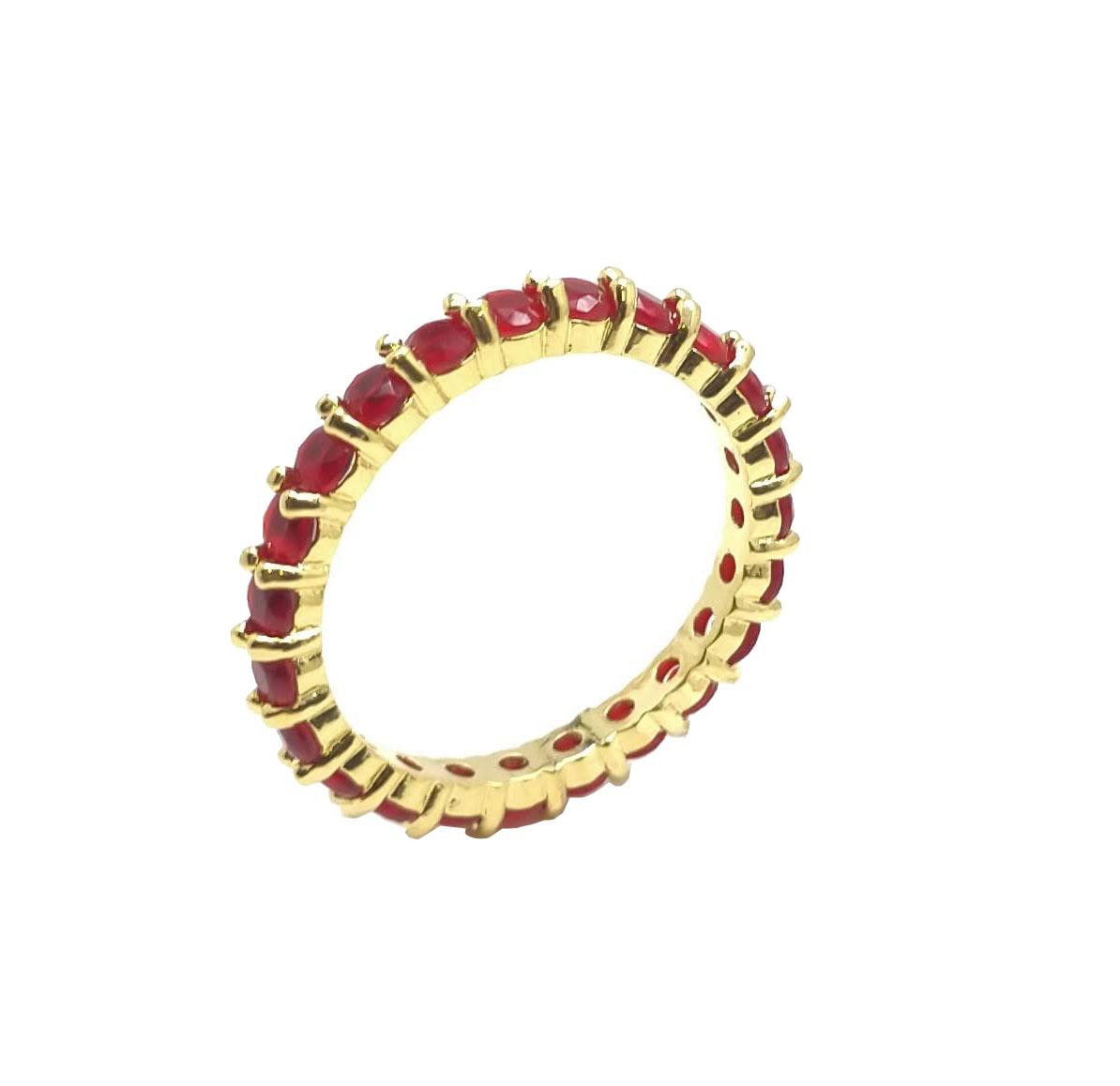 Anel Aparador Cravejado com Pedras Vermelhas Folheado a Ouro 18K