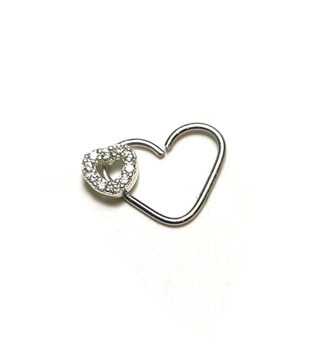 Piercing Coração em Prata 925 com coração cravejado com pedras de Zircônia