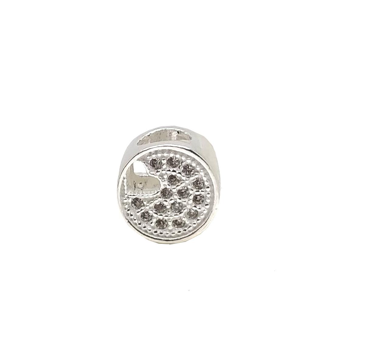 Berloque separador coração vazado em prata 925 cravejado com pedras de zircônia