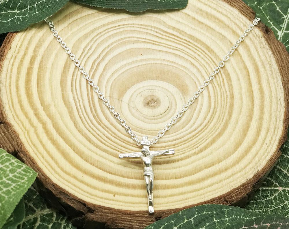 Conjunto corrente+pingente crucifixo em prata 925