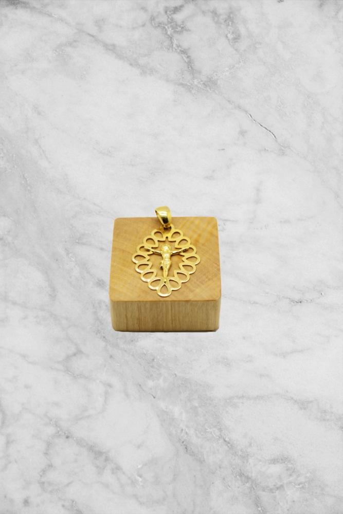 Pingente Medalha Jesus Vazada PINF 0.80