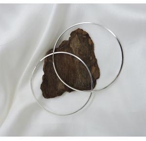 Argola G fechada em prata 925
